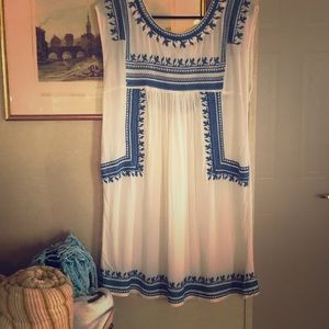 White and blue embroidered dress 👗